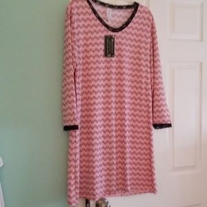 Night gown. Pink with black and gray and white pol